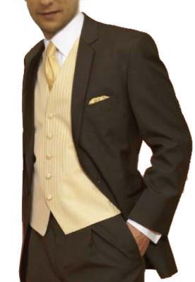 hnedý oblek so svadobnou vestou