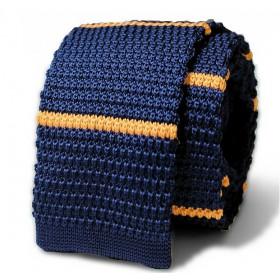 Pletená kravata granátová so žltými prúžkami