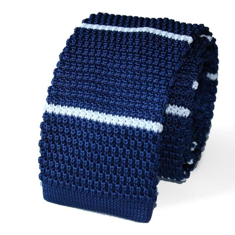 Pletená kravata modrá biele prúžky