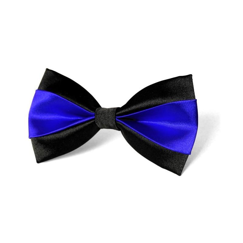 Motýlik čierny v kombinácii s parížskou modrou s vreckovkou